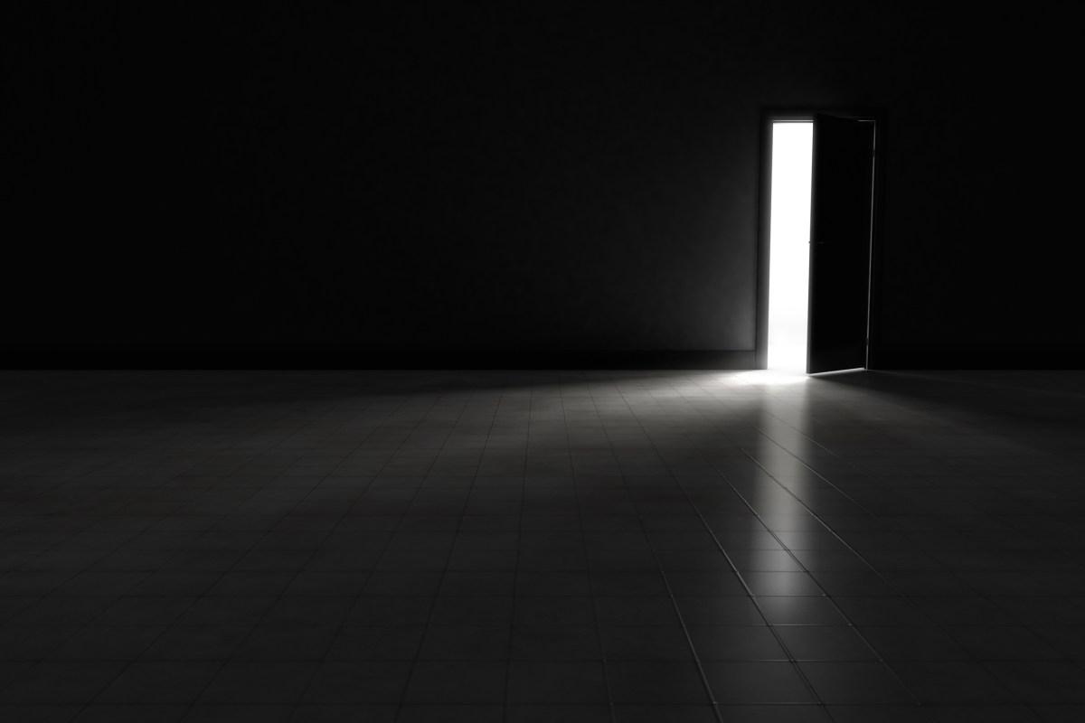 Luces, sombras y contradicciones  de la tramitación anticipada del expediente de contratación